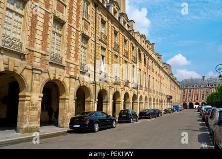 Place des Vosges, Le Marais, Paris, France - Stock Photo