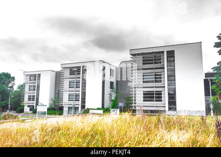 Modern architectural styles at the Oxford University Campus on site at The Churchill Hospital, Oxford - Stock Photo