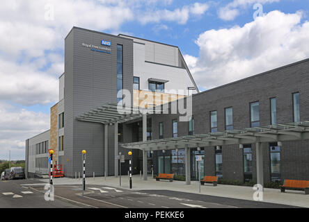 Main entrance to the new NHS Royal Free Hospital on the Chase Farm Hospital site, Enfield, north London. Opening Summer 2018 - Stock Photo
