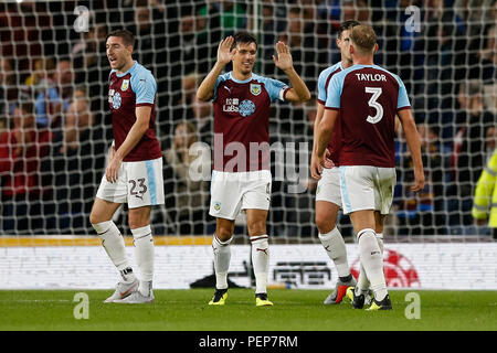 Jack Cork of Burnley celebrates after the UEFA Europa League Third Qualifying Round second leg match between Burnley and Istanbul Basaksehir at Turf Moor on August 16th 2018 in Burnley, England. (Photo by Daniel Chesterton/phcimages.com) - Stock Photo