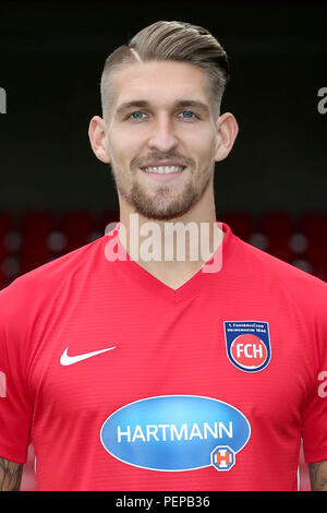 2nd German Bundesliga - Photocall FC Heidenheim - Season 2018/19 on 16 July 2018 in Heidenheim, Germany: Robert Andrich. | usage worldwide - Stock Photo
