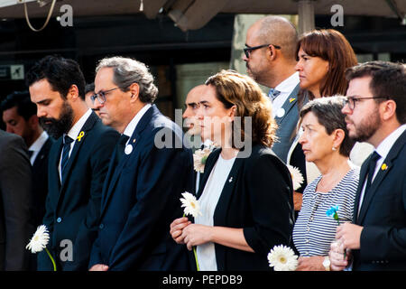 Barcelona, Spain. 17th Aug, 2018. Tribute to the victims on the first anniversary of the terrorist attacks in Barcelona and Cambrils. President of the Parliament of Catalonia, Roger Torrent, President of the Generalitat of Catalonia, Quim Torra, The Mayor of Barcelona, Ada Colau and the Delegate of the Spanish Government in Catalonia, Teresa Cunillera, participate in a floral tribute at the Joan Miro mosaic in Las Ramblas de Barcelona, to commemorate the first anniversary of the terrorist attacks of August 17, 2018, where 16 people were killed and a few hundred were wounded in two terrorist at - Stock Photo