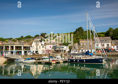 UK, Cornwall, Padstow, The Strand and hillside houses from the inner harbour - Stock Photo