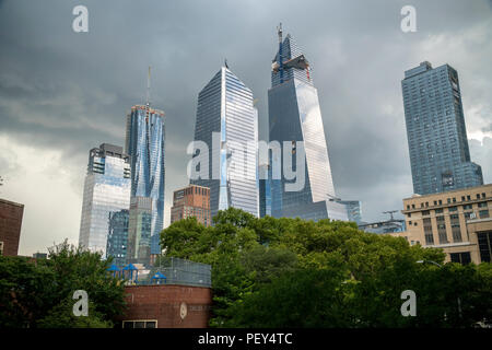10 Hudson Yards, center left, 30 Hudson Yards, center right, and other development around Hudson Yards in New York prior to an impending storm on Tuesday, August 14, 2018. (© Richard B. Levine) - Stock Photo