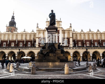 Krakow, Poland. 22nd Mar, 2018. Adam Mickevich monument at the Main square of Krakow.The city of Krakow is located in southern Poland and it is the second largest city in terms of population in Poland, in 2017 it had a population of over 760,000. Credit: Igor Golovniov/SOPA Images/ZUMA Wire/Alamy Live News - Stock Photo