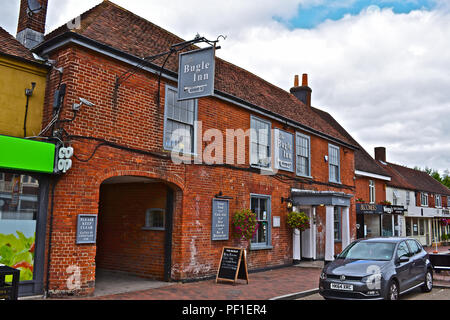 The traditional Bugle Inn, is an old coaching inn which is located in the historic village of Botley, near Southampton. - Stock Photo