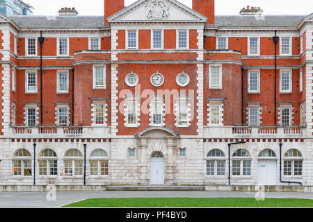Exterior of Chelsea College of Arts, part of the University of the Arts in London - Stock Photo