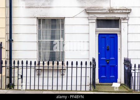Front door of a Georgian house in London city - Stock Photo