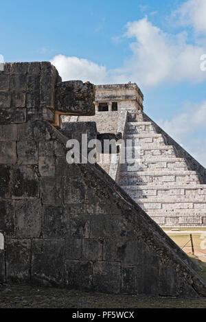 Historical ruins of the ancient Mayan city of Chichen Itza, Yucatan, Mexico. - Stock Photo