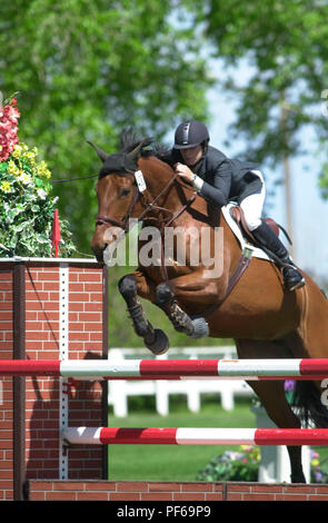 The National, Spruce Meadows June 2002, Tamie Phillips riding Starlet - Stock Photo