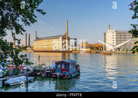 View across the river Spree to the University of Applied Sciences ( Hochschule für Technik und Wirtschaft - HTW) in summer 2018, Berlin, Germany - Stock Photo