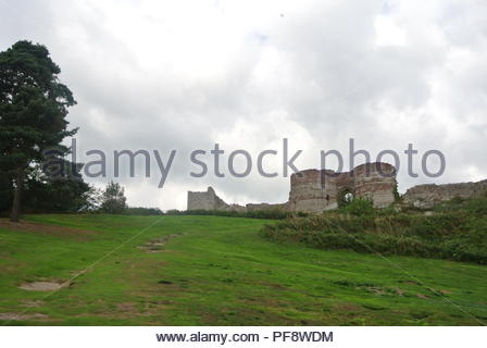 'England, the ruins of the medieval castle of Beeston.  It is on the Cheshire plain close to the Welsh border - Stock Photo