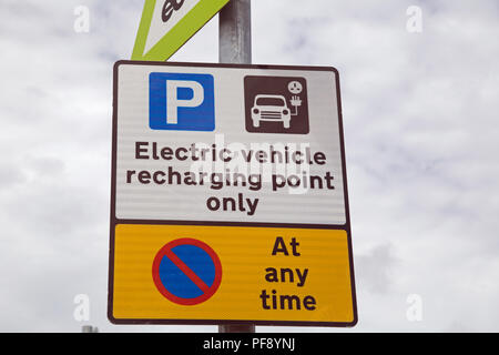 Sign showing the presence of a charging point for an electric vehicle - Stock Photo