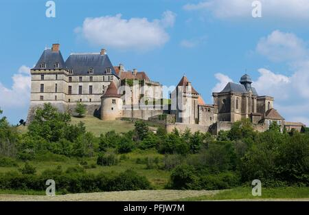 France, Perigord, Chateau de Biron, fortified walls of castle with 12th-century keep and Gothic chapel built on hill - Stock Photo