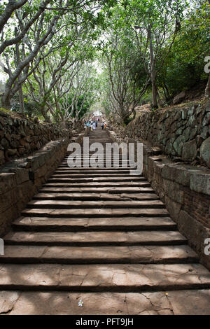 Sri Lanka, North Central Province, Anuradhapura, Mihintale, steps leading to Buddhist sacred centre - Stock Photo