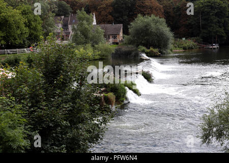 Bathampton Weir on the river Avon, Somerset England UK - Stock Photo