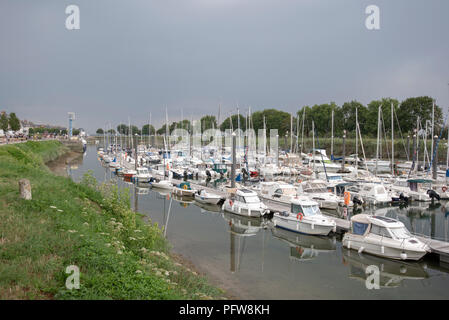 The marina on the River Somme at St-Valery-sur-Somme - Stock Photo