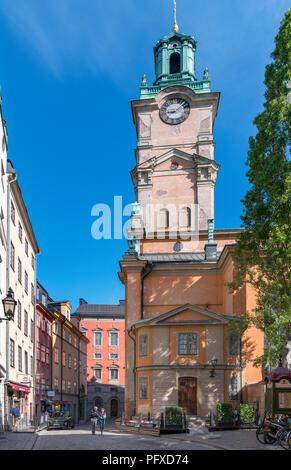 Storkyrkan (Stockholm Cathedral) at the end of Trångsund street, Gamla Stan (Old Town), Stadsholmen island, Stockholm, Sweden - Stock Photo