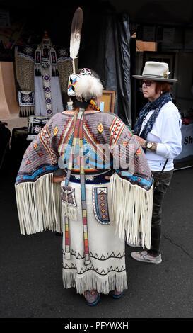 Native American (Standing Rock Lakota) bead and quillwork artist Beverly Bear King Moran at the Santa Fe Indian Market. - Stock Photo