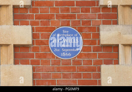 Blue plaque commemorating birthplace of author H.G.Wells, High Street, Bromley, London Borough of Bromley, Greater London, England, United Kingdom - Stock Photo