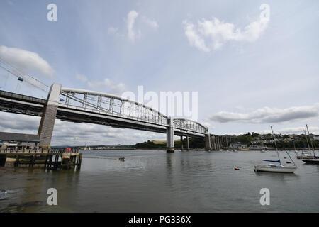 Saltash, Cornwall, UK. 23rd Aug, 2018. UK Weather. Sunny luchtime at Saltash. Credit: Simon Maycock/Alamy Live News - Stock Photo