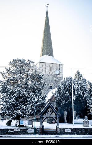 Eynsford St Martins church in the snow - Stock Photo