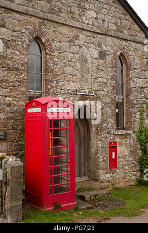 UK, England, Devon, Dartmoor, Belstone village Old Telegraph Office with K6 phone box defibrillator - Stock Photo