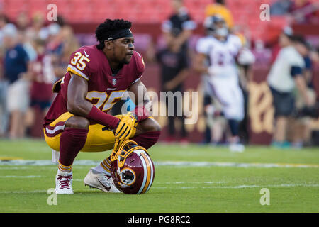 Landover, USA. August 24, 2018: Washington Redskins safety Montae Nicholson (35) looks on before the NFL preseason game between the Denver Broncos and the Washington Redskins at FedExField in Landover, Maryland. Scott Taetsch/CSM Credit: Cal Sport Media/Alamy Live News - Stock Photo