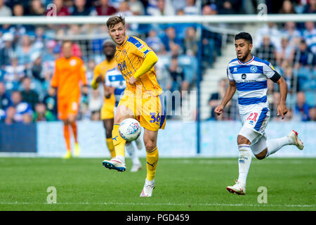 London, UK. 25th Aug 2018. Lee Evans of Wigan Athletic  during the EFL Sky Bet Championship match between Queens Park Rangers and Wigan Athletic at the Loftus Road Stadium, London, England on 25 August 2018. Credit: THX Images/Alamy Live News - Stock Photo