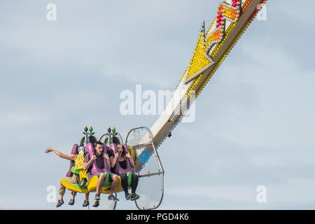 Clapham Common, London, UK. 25th Aug 2018. The fun fair - W4 a music and dance festival on Clapham Common during the August Bank Holiday weekend. Credit: Guy Bell/Alamy Live News - Stock Photo