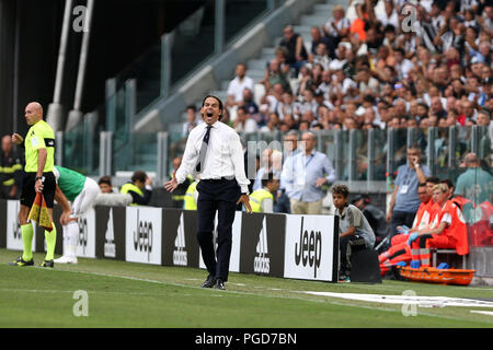 Torino, Italy. 25th August, 2018. Simone Inzaghi, head coach of SS Lazio, gestures during the Serie A football match between Juventus Fc and SS Lazio.  Credit: Marco Canoniero / Alamy Live News . Credit: Marco Canoniero/Alamy Live News - Stock Photo