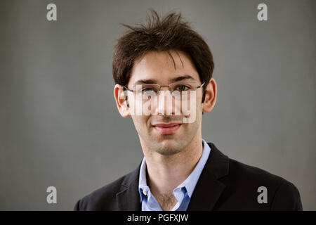 Edinburgh, Scotland, UK. 26 August, 2018. Pictured; Joseph Jebelli has been exploring the fight against AlzheimerÕs in his book Ò In Pursuit of MemoryÓ. Credit: Iain Masterton/Alamy Live News - Stock Photo
