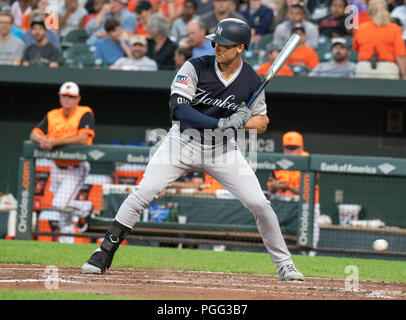 Baltimore, United States Of America. 25th Aug, 2018. New York Yankees first baseman Greg Bird (33) bats in the second inning against the Baltimore Orioles at Oriole Park at Camden Yards in Baltimore, MD on Saturday, August 25, 2018. This is the regularly scheduled game for today. Credit: Ron Sachs/CNP (RESTRICTION: NO New York or New Jersey Newspapers or newspapers within a 75 mile radius of New York City) | usage worldwide Credit: dpa/Alamy Live News - Stock Photo