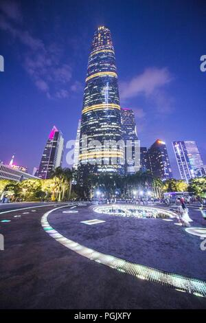 Guangzhou, Guangzhou, China. 27th Aug, 2018. Guangzhou, CHINA-Night scenery of the central business district in Guangzhou, south China's Guangdong Province. Credit: SIPA Asia/ZUMA Wire/Alamy Live News - Stock Photo