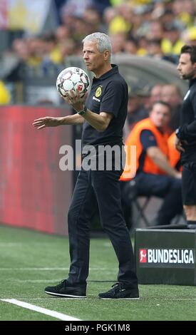 firo: 26.08.2018, football, 1.Bundesliga, season 2018/2019, BVB, Borussia Dortmund - RB, Red Bull Leipzig 4: 1 coach Lucien FAVRE, BVB with Ball | - Stock Photo