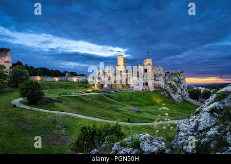 Ogrodzieniec Castle -  ruined medieval castle in Polish Jura region, Podzamcze village, Poland - Stock Photo