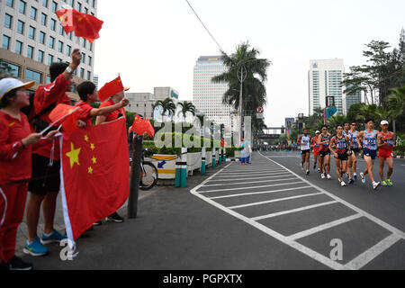 Jakarta. 29th Aug, 2018. Athletes compete during men's 20km walk of athletics at the 18th Asian Games in Jakarta, Indonesia on Aug. 29, 2018. Credit: Huang Zongzhi/Xinhua/Alamy Live News - Stock Photo