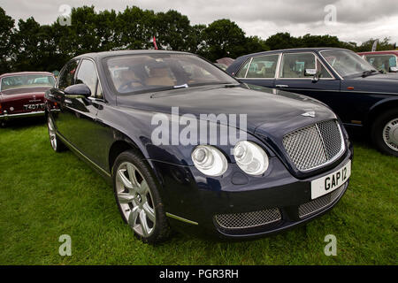 UK, England, Cheshire, Stockport, Woodsmoor Car Show, 2005 Bentley Flying Spur car - Stock Photo
