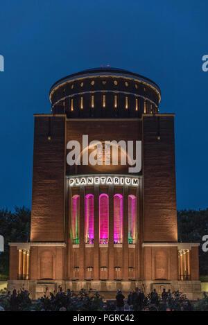 Planetarium im Stadtpark Hamburg - Klangwolke zum Vollmond - - Stock Photo