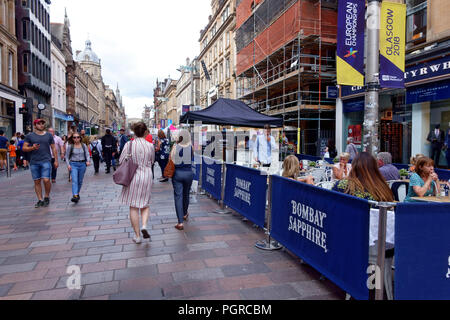 Shoppers and tourists on Buchanan Street in Glasgow, Scotland - Stock Photo