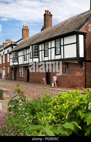 UK, England, Devon, Exeter, Cathedral Close, jettied ancient houses - Stock Photo