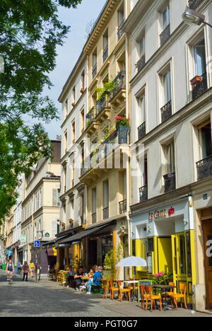 Rue Jean-Pierre Timbaud, Oberkampf, Paris, France - Stock Photo