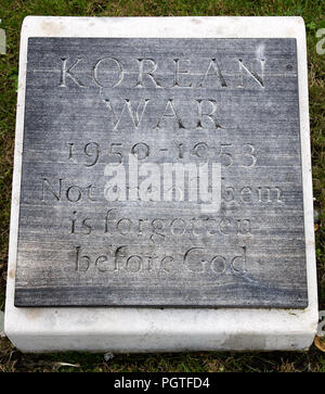 Plaque at foot of Manchester England war memorial KOREAN WAR 1950-1953 Not one of them is forgotten before God - Stock Photo