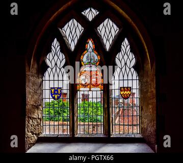 Stained glass window dedicated to Sir Roger de Somervile and his wife Maud.