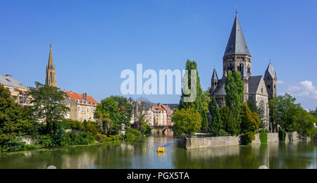 Temple neuf / Nouveau Temple protestant, Neo-Romanesque Protestant Reformed Church along the Moselle river in the city Metz, Moselle, Lorraine, France - Stock Photo