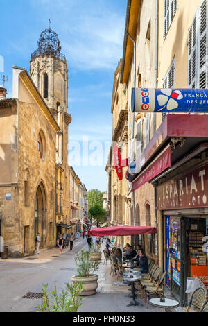 Cafe on Rue Espariat in the old town, Aix-en-Provence, Provence, France - Stock Photo