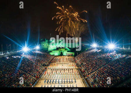 The 2018 Royal Edinburgh International Military Tattoo on esplanade of Edinburgh Castle, Scotland, UK. The Massed Pipes and Drums at the Finale - Stock Photo