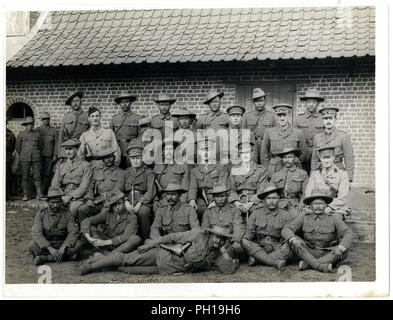 British & Indian officers 9th Gurkhas at their headquarters in France [St Floris]. Photographer H. D. Girdwood. . - Stock Photo