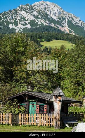The Fiakerwirt village farm at Filzmooz with the Rotelstein in the background, Austria, Europe - Stock Photo