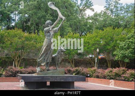 Savannah's Waving Girl at port of Savannah - Stock Photo